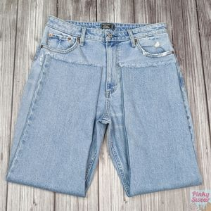 NWOT Abercrombie Zoe High Rise Ankle Jeans 12 / 31